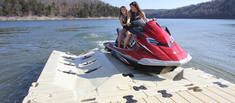 Jet Ski Lifts For Sale >> Wave Runner Mounted Lift Boat Jet Ski Ramp Best Floating Dock